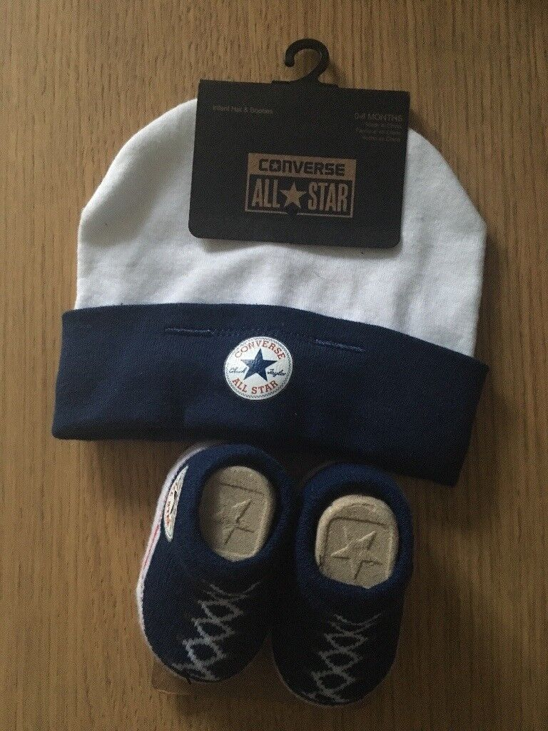 Converse All Star baby booties and hat RRP £10, selling for £8 brand new