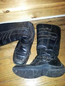 genuine leather boots, great quality Kitchener / Waterloo Kitchener Area image 2