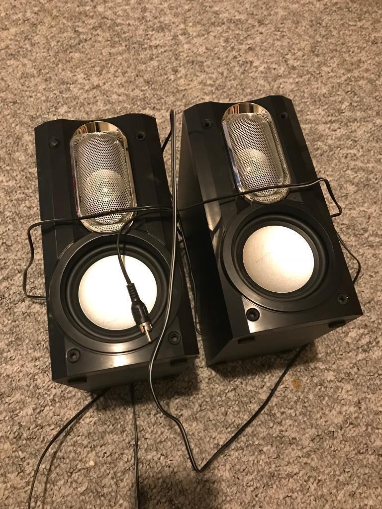 Hitachi speakers £5