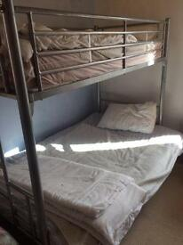Double bunk bed/futon