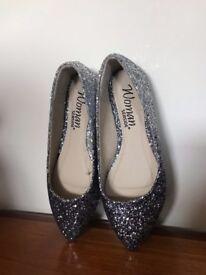 feminine slipper
