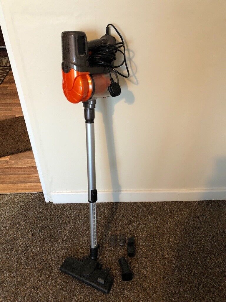 Goodmans 2 in 1 Compact Vacuum Cleaner