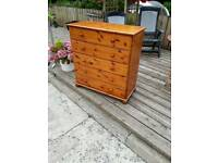 Chest of drawers. Pine