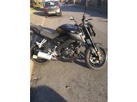 Yamaha MT 125cc Black hyper naked 2017 £3000