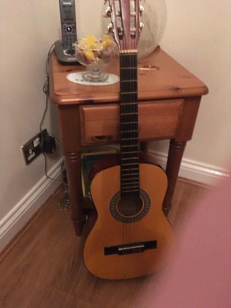 Child's 6 string guitar