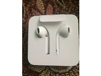 IPhone 8 earphones £30