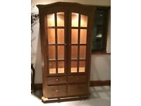 VGC PHILIP GREENWOOD 100% SOLID PINE WOOD DISPLAY CABINET BOOKCASE DRAWERS LIGHTS