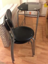 Mini table and chair set