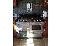 Kitchen range/cooker