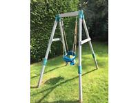 FREE: TP 2 Size wooden swing & seat. DISMANTLED & ready to go