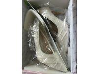 Rainbow Club Ashleigh Ivory Vintage Lace Bridal Shoes Size 4.5