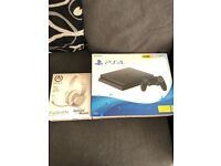 PlayStation 4 and head set
