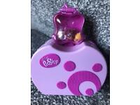 Littlest Pets Shop Teeniest Tiniest Play set with 3 mini figures. 2 dogs and 1 cat