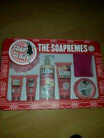 Soap And Glory Set