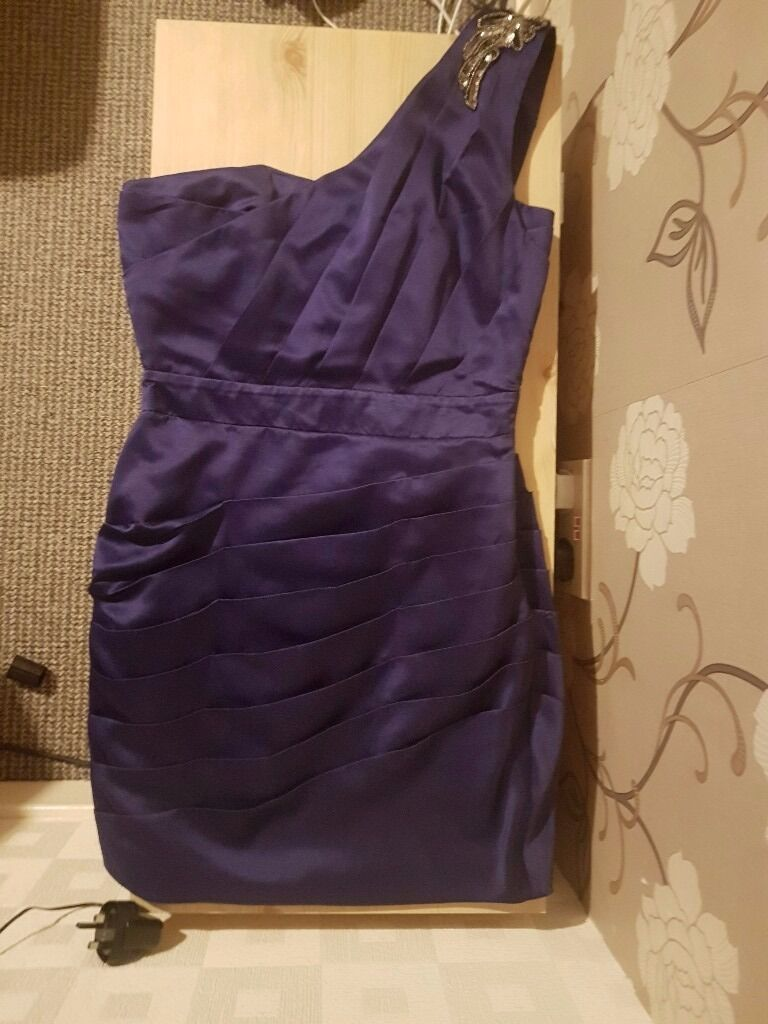 Purple Lipsy Dress Size 12in Bootle, MerseysideGumtree - Size 12 LIpsy dress in great condition always been stored in a bag. I think it has only been worn a few times. £15. Am selling on behalf of my partner as we need to clear space