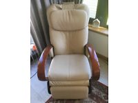 HTT-10 LUXURY MASSAGE CHAIR WITH FULL REAL LEATHER UPHOLSTERY, 2 Speed and 4 Massage functions.