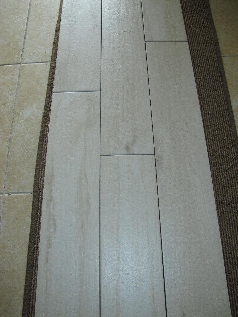 Luxury White Wood Effect Floor Tiles 9.5 sq mtrs (Bayker)   in ...