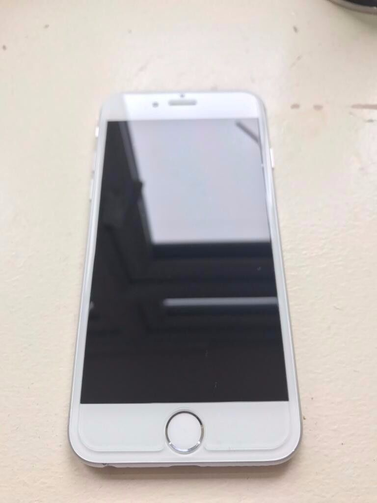 Iphone 6 64GB Silver Unlockedin Acton, LondonGumtree - Iphone 6 64GB Silver Unlocked to all networks comes with only charger how ever the phone is in rough conditon but does not effect the iphone! hence why price cheap 07513743934 £250 Last final offer