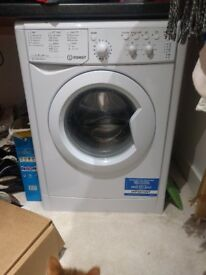 INDESIT IWC71452 Washing Machine