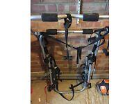 Adjustable Bike rack for hatchback holds up to 3 bikes
