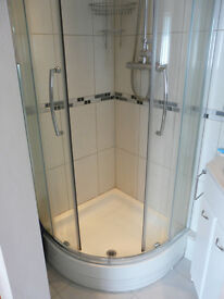 Shower enclosure + tray