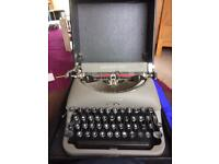 Working typewriter (with carry case)