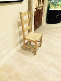 WOODEN DINING CHAIRS X4