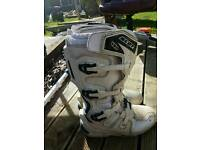 Scott 450 white motocross boots size 11