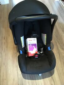 Britax Baby Car Seat- 'Baby Safe' model. Black (never used) w/ official Britax pram adapters