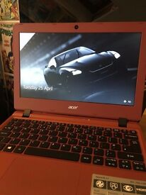 Acer Aspire ES 11 - Like new only 10 Weeks Old.
