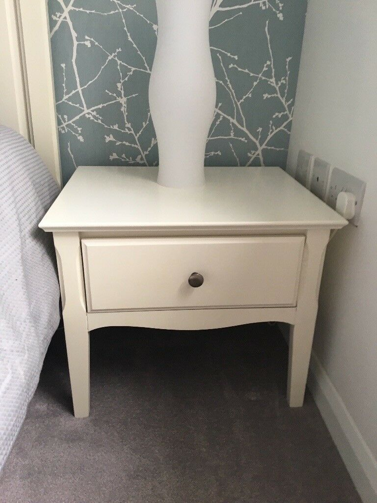 Stool Bedside Table: Matching White King Size Bed And Furniture. Dressing Table