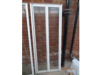 Bifold shower doors and side panel FREE