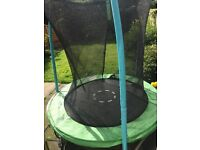 Trampoline good condition