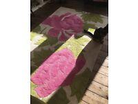 Floral vintage look rug