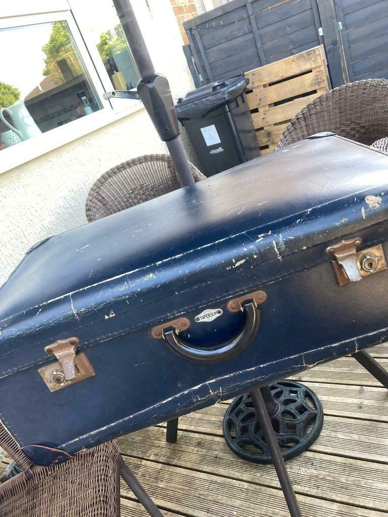 Free to collect TODAY Vintage Suitcase Full of Clothes
