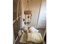Beautiful mamas and papas nursery set. Everything needed for the nursery