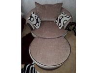 SWIVAL FABRIC CUDDLE CHAIR FOOTSTOOL DFS Chaise caramel SOFA never used