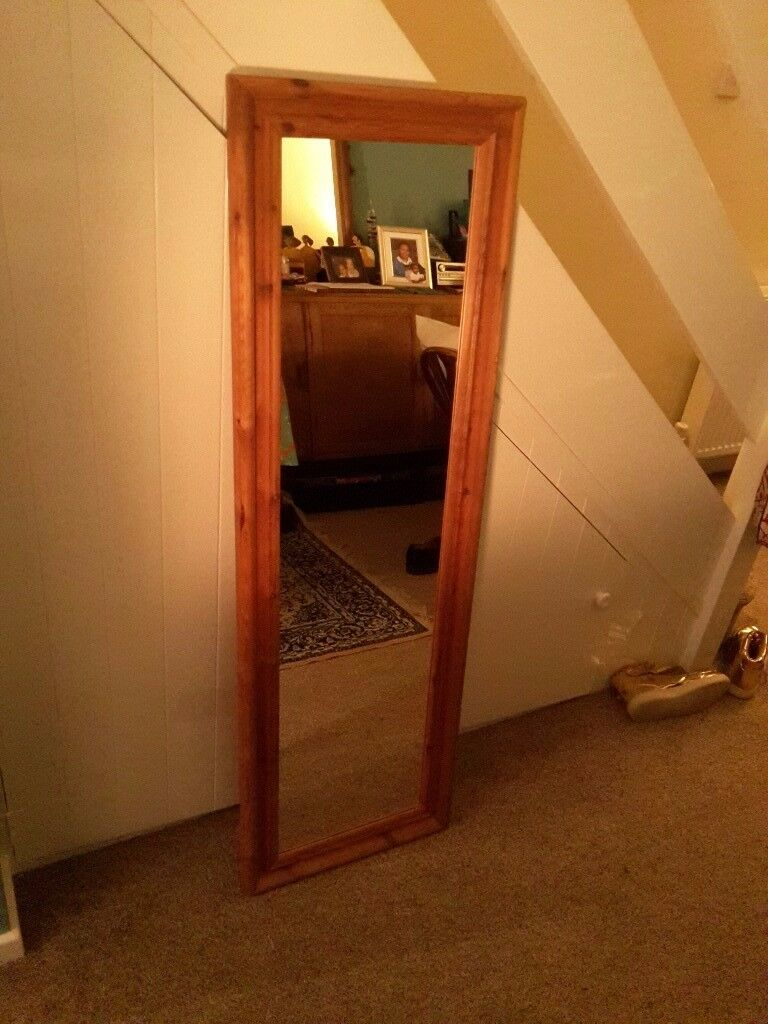 Mirror in a wooden frame, great condition