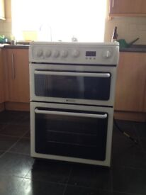 Hotpoint HAG60P Superb free standing gas cooker - white enamel, hardly used.