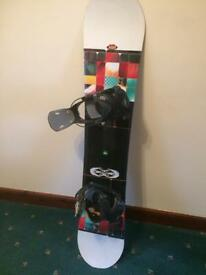 K2 snowboard with flow bindings