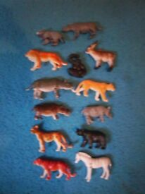Bundle of Small Toy Animals IP1