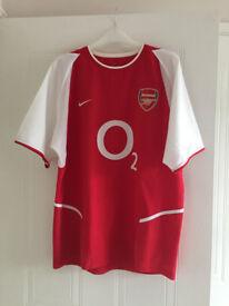 Arsenal Football Shirt, Size Medium. Very good condition.