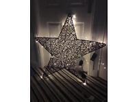 Large brown rattan light up star