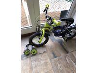 """Boys Raleigh 16"""" striker bike £30"""