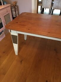 Urban chic Designer table with detachable legs coffee or dinning table.