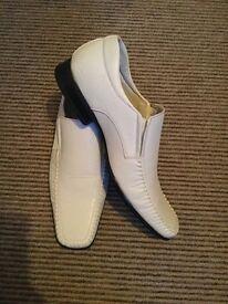 Mens white Carlo Rasolli dress shoes