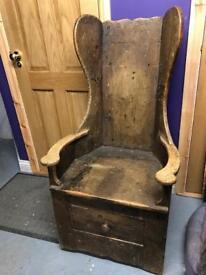 Vintage lambing chair