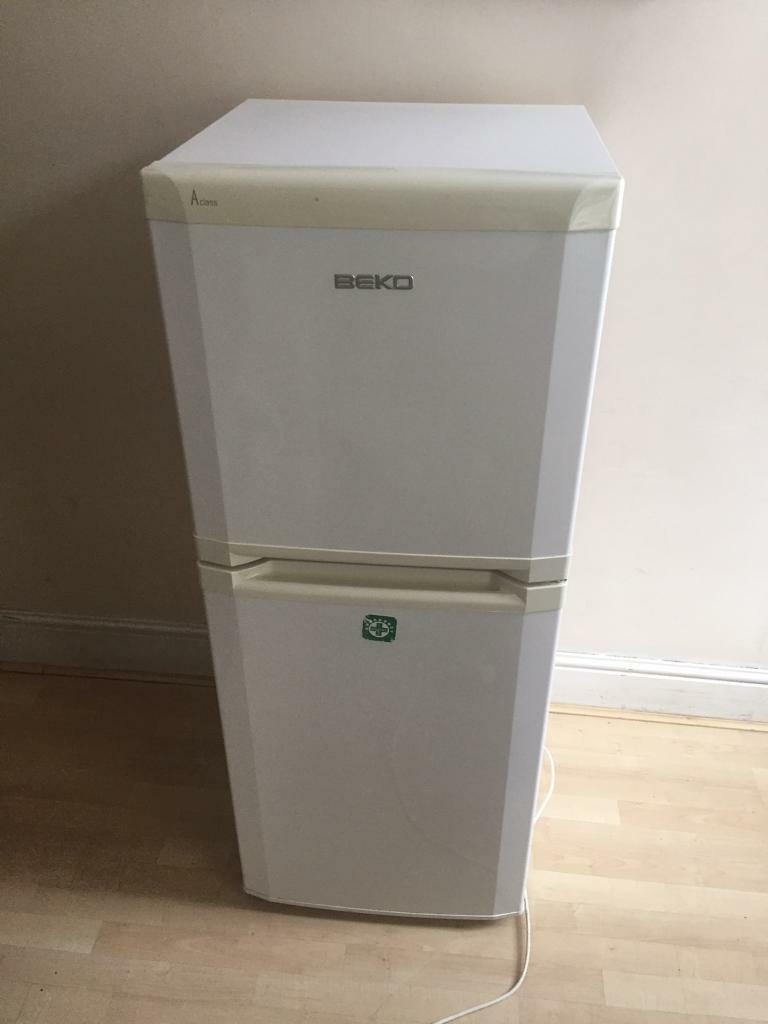 Fridges freezer (can deliver)
