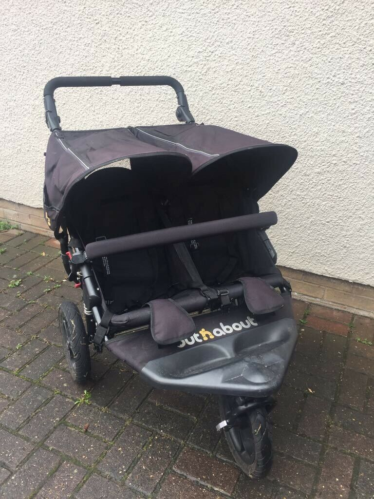 Double Pram - Out & About Nipper Double 360 v4