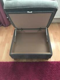 Storage footstool with gas lift